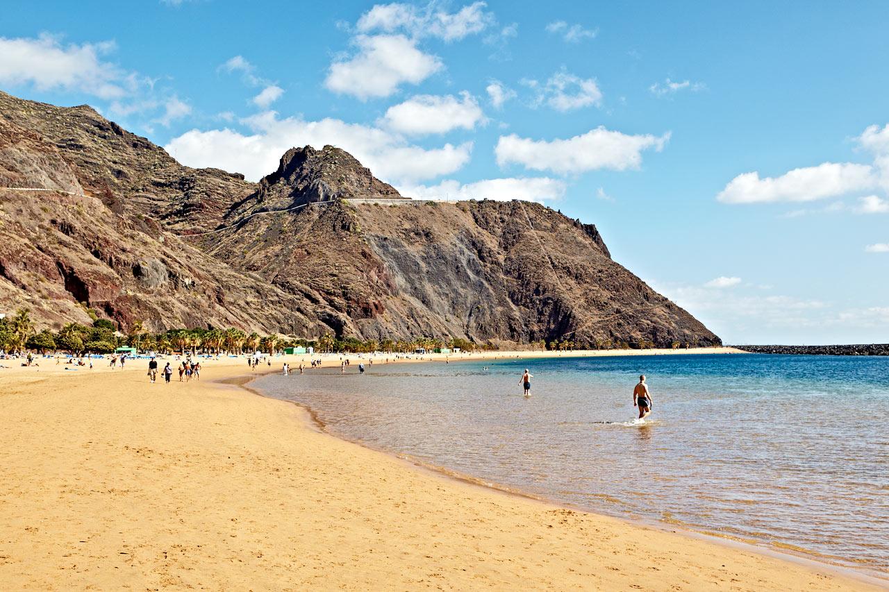 Spanien - Playa Teresita utanför Santa Cruz, Teneriffa
