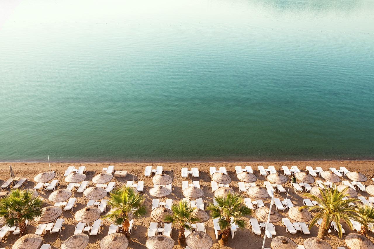 Sunprime Beachfront - Den här härliga stranden ligger precis nedanför hotellet