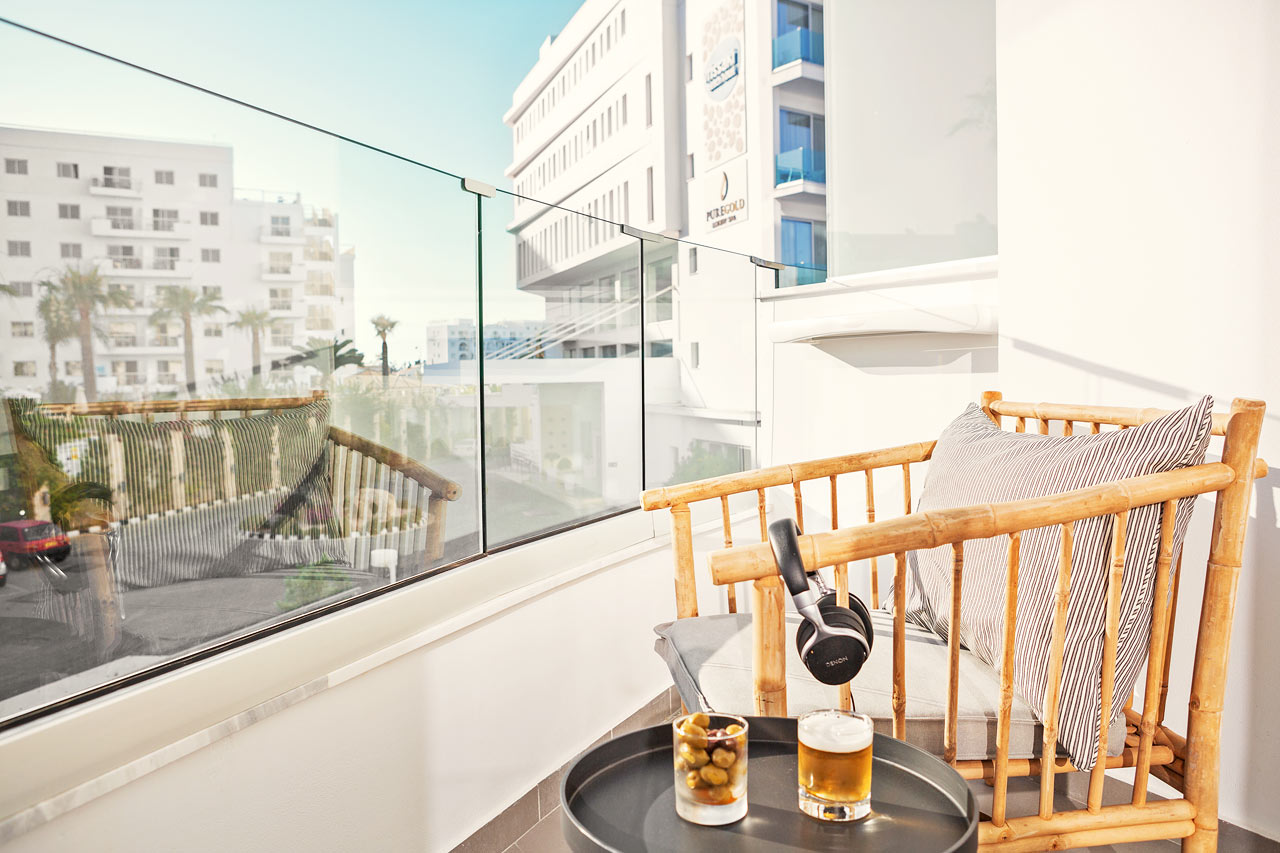 Classic Room 1 rum, balkong mot omgivningarna