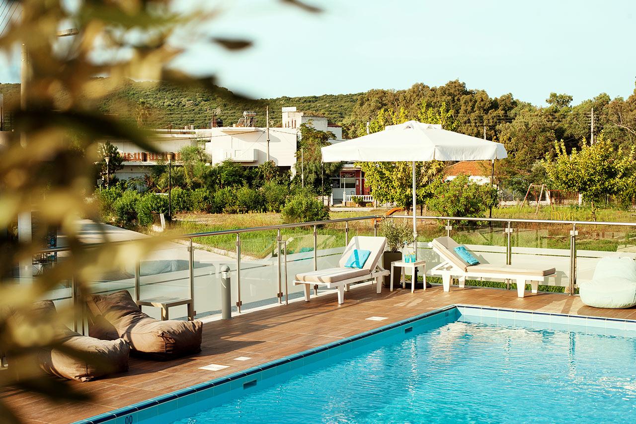 Aktaia boutique hotel i ammoudia boka hotell hos ving idag for I boutique hotel