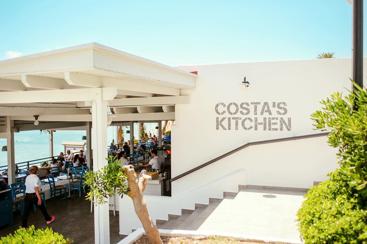 Sunwing Kallithea Beach - Costas Kitchens serverar både lokala rätter och Sunwingfavoriter som pizza och hamburgare.