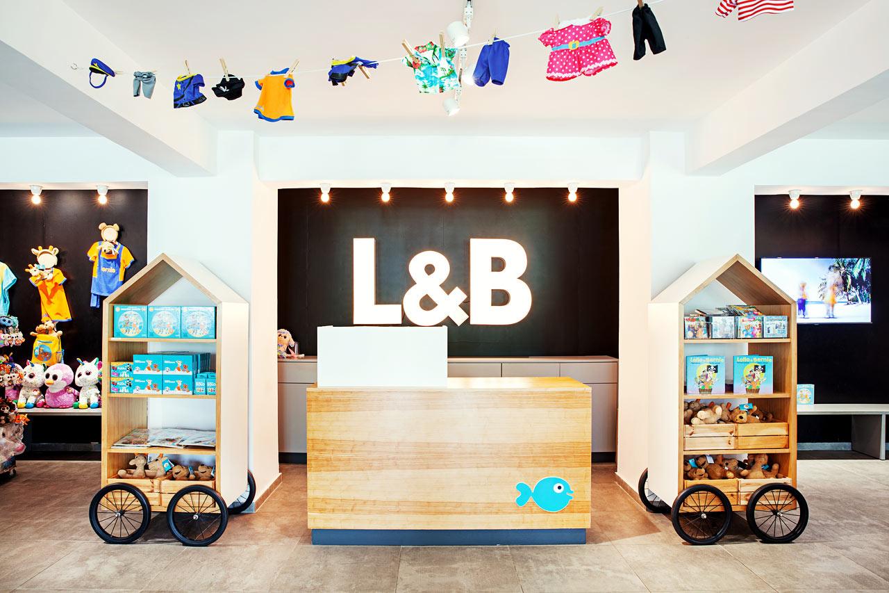 Sunwing Kallithea Beach - Här kan du och dina barn hitta de Lollo & Bernie produkterna ni söker. Välkommen till den första renodlade Lollo & Bernie butiken.